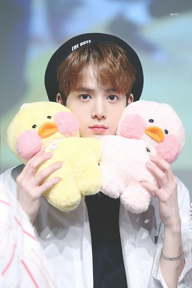 35 Photos of The Boyz Members in a Beret That will Activate Your UWU-Mode