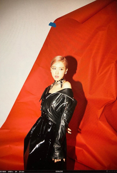 Blackpink S Rose Sharing Unseen Pictures From Kill This Love