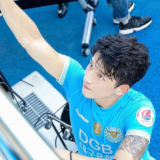 Introducing You Jeong Seungwon Young Talented Football Player Who Steals Heart With His Actor Visual