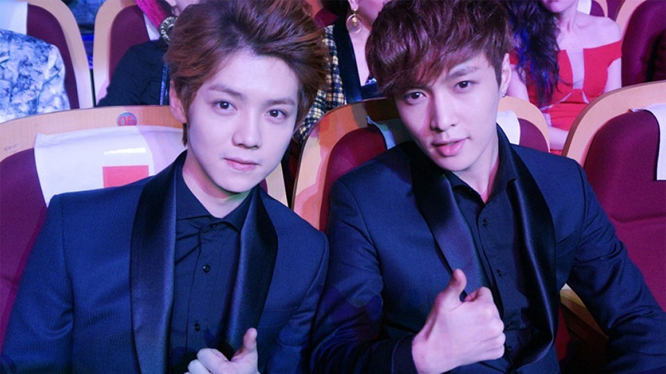 EXO`s Lay Responded to Luhan`s New Song [Roleplay] Which