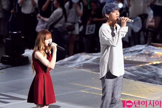 Red Velvet`s Wendy and EXO`s Chanyeol Went Duet Singing