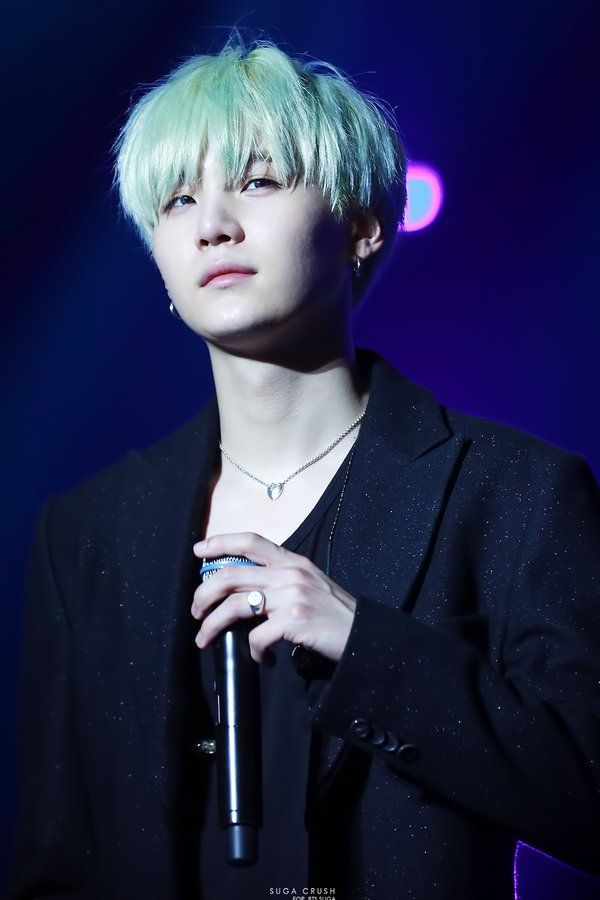 12 Idols Whose Green Hair Makes Us Want To Hop On The Bandwagon