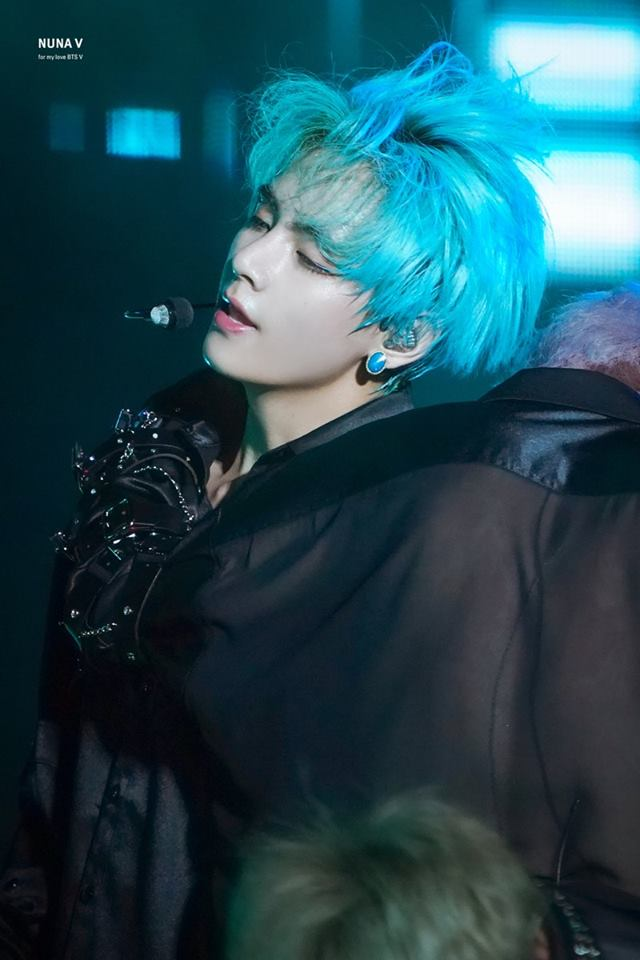 35+ HD Photos of Taehyung with His Blue Hair That Makes Him Looks Perfectly  Like an Anime Character
